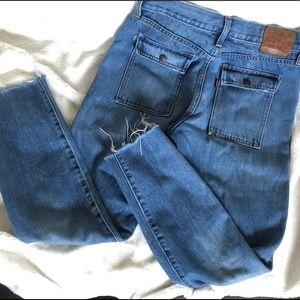 Levi's Jeans - Levi's w cargo-style pockets - sz 27